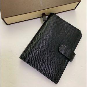 Louis Vuitton Epi Agenda PM size